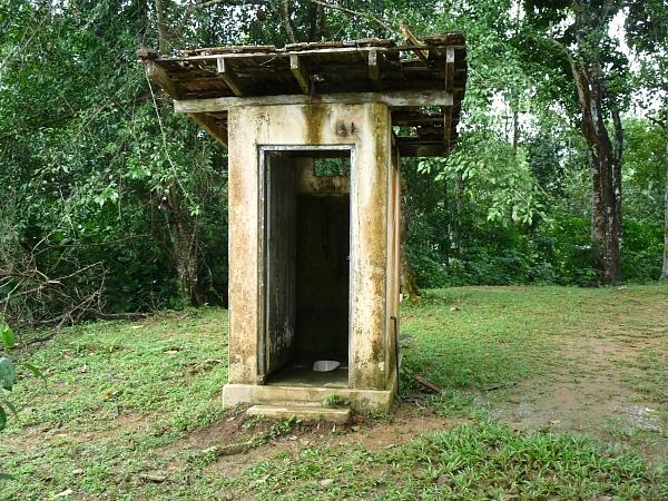 Kumburuhena's toilet